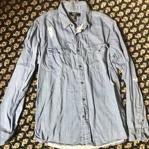 Forever 21 Men's Chambray Button Down